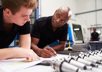 5 Popular Manufacturing Training Courses